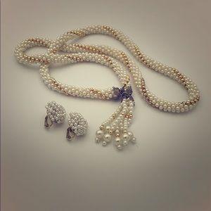 Vintage faux pearl rope necklace tassel & earrings